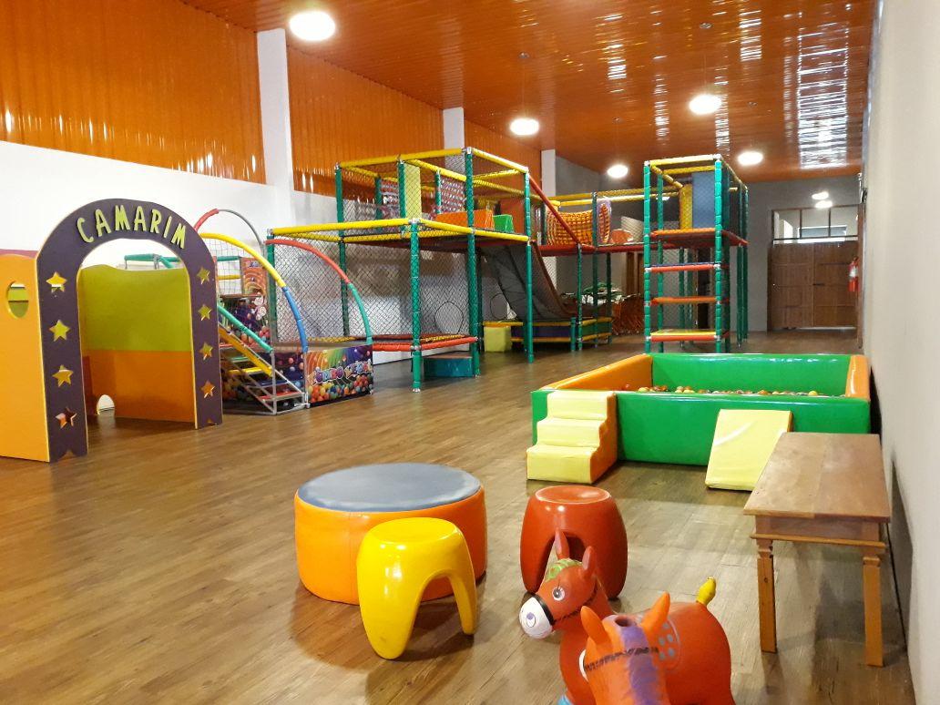 espaço kids do emporio gularejo na vipzinho