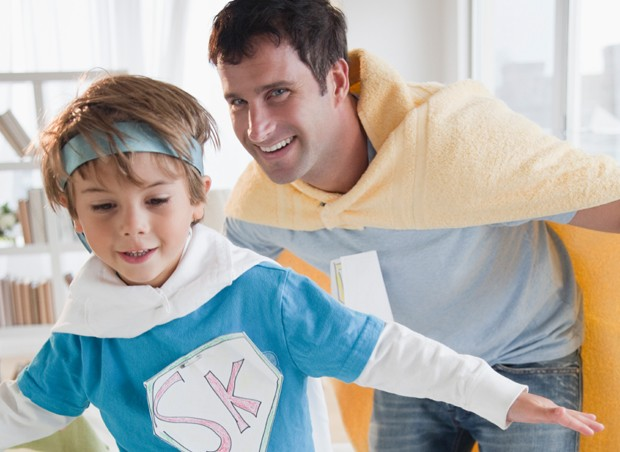pai e filho brincando Vipzinho
