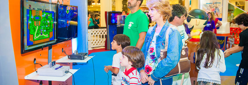 exposição de video game no shopping metrópole