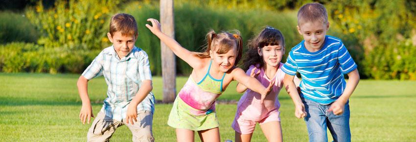 Crianças ao ar livre / Parque Santa Helena no Portal Vipzinho