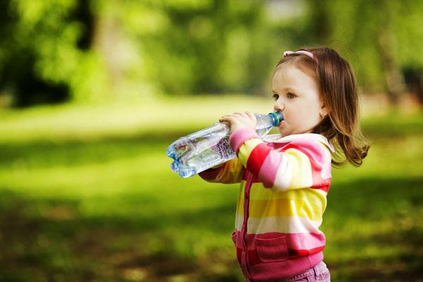 como hidratar as crianças no carnaval com vipzinho