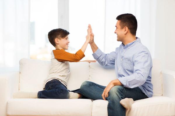 ajudar os filhos no isolamento em casa com Glaucia Morgado no Vipzinho