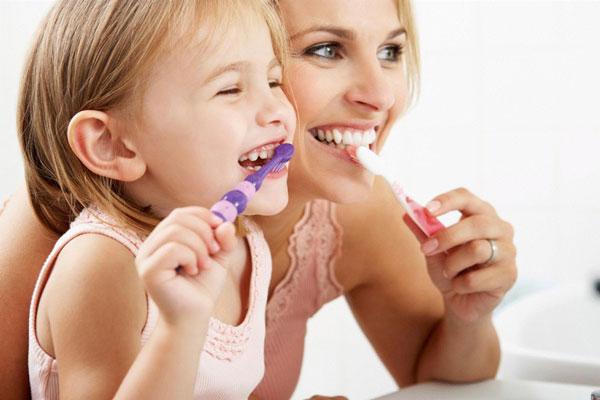 cáries em crianças no isolamento com a odontoclinic no vipzinho