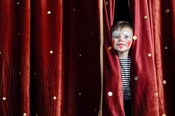 circo ajudando crianças na pandemia com art circo escola e vipzinho