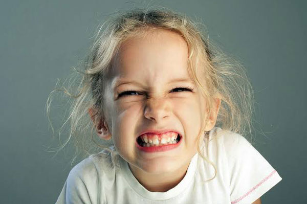 bruxismo infantil na odontoclinic com vipzinho