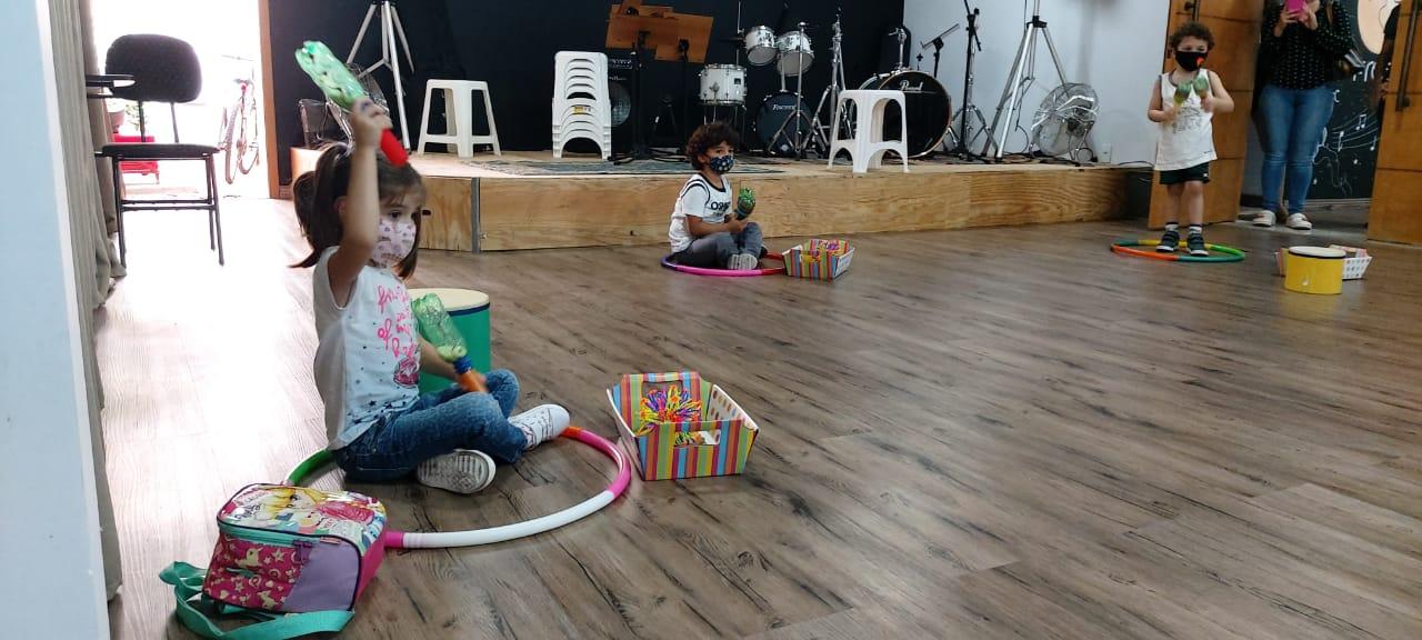 Free Music - Escola Livre de Música
