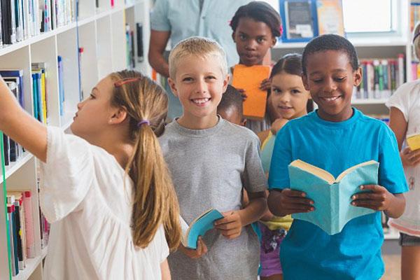 biblioteca em diadema com espaço kids no vipzinho
