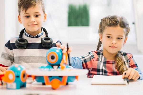 educação maker a distância no vipzinho